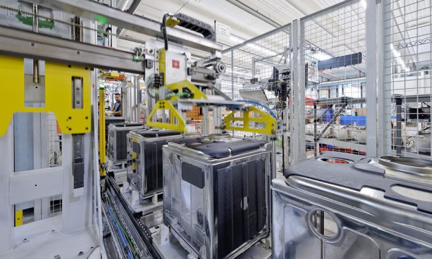 Household appliance firm retrofits assembly with Industry 4.0