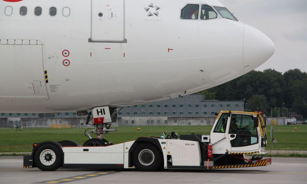 Control technology that moves aircrafts on the ground safely