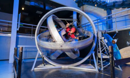 Adventure park modernizes NASA simulator with Siemens control