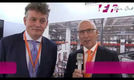 Cemat 2018: Frans Louwarts, Executive Sales Manager, Vanderlande Industries B.V., Leo Roggeveen, Director Russia bei Vanderlande Industries B.V. [german]