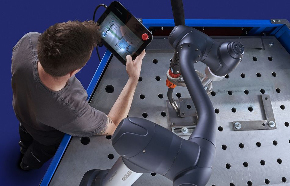 Cobot Welding System also for small batch sizes